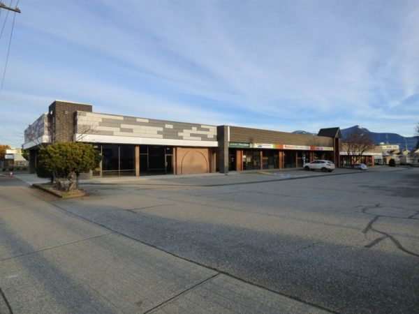 Cascade Center Chilliwack – Retail/Office Spaces Available